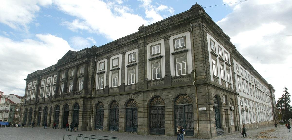 Apoio médico na Universidade do Porto