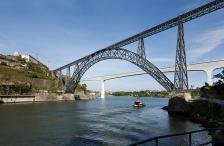 D. Maria Pia Bridge, One Deck Arched Metallic Truss (Late XIX Century).