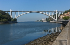 Arrábida Bridge, Concrete Arch (Middle of XX Century).